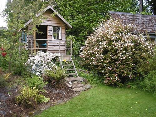 Garden house, Andrew's corner.