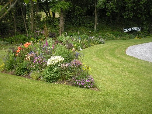 Entrance to Venn Cross gardens.