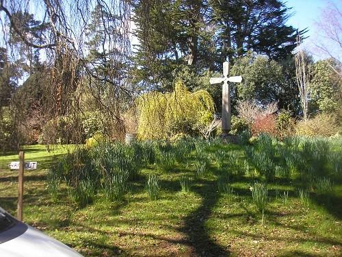 Haldon Grange memorial